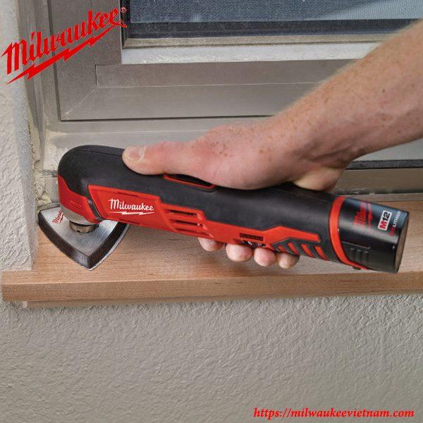 Máy cắt đa năng Milwaukee C12 MT áp dụng công nghệ mới cho hiệu năng cắt vượt trội