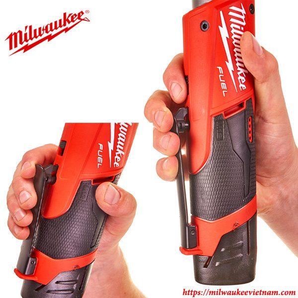 Máy siết bu lông góc 1/2 Milwaukee M12 FIR12 nhỏ gọn cho khả năng kiểm soát dễ dàng