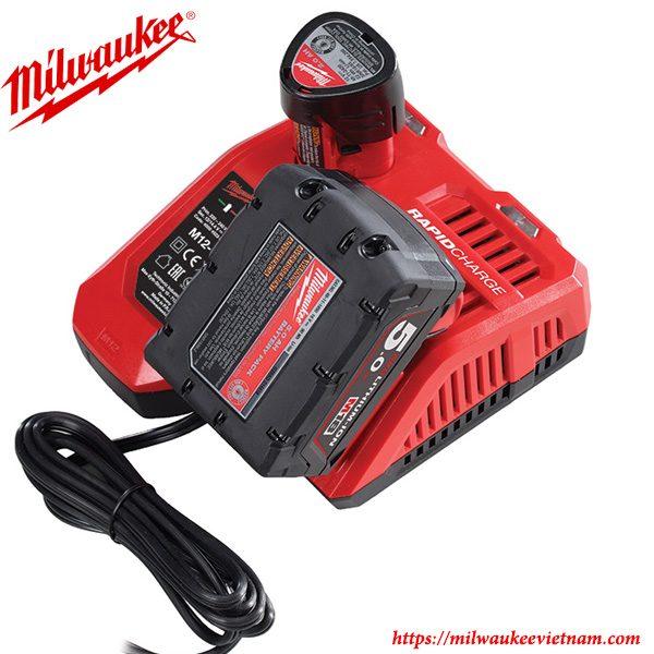 Bộ sạc nhanh pin 12v và 18V Milwaukee M12-18FC chính hãng