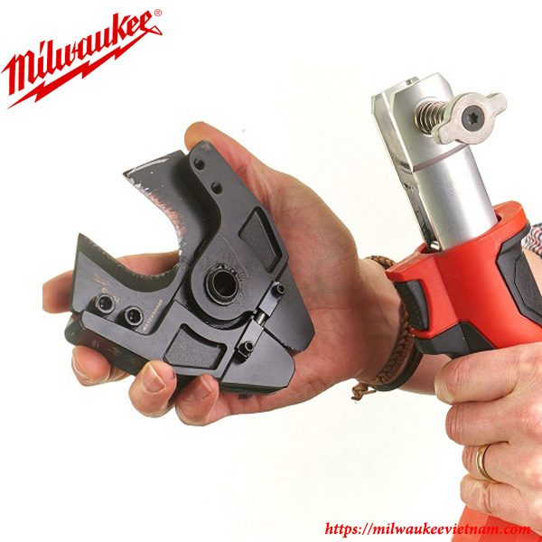 Máy cắt dây cáp 6 tấn Milwaukee M18 HCC linh hoạt trong các yêu cầu xử lý khác nhau