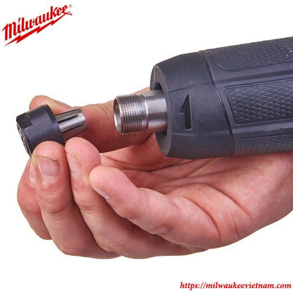 Tháp lắp dễ dàng cùng với thiết kế thông minh của máy mài khuôn Milwaukee M18 FDG