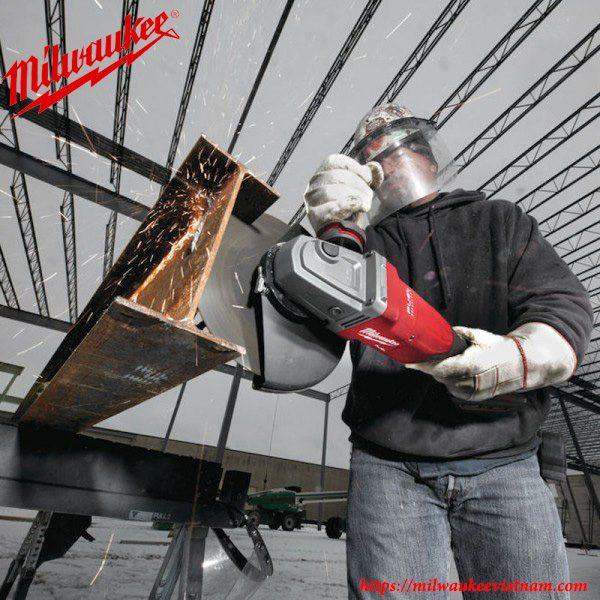 Máy mài góc công tắc đuôi Milwaukee M18 FLAG230XPDB hỗ trợ đĩa mài 230