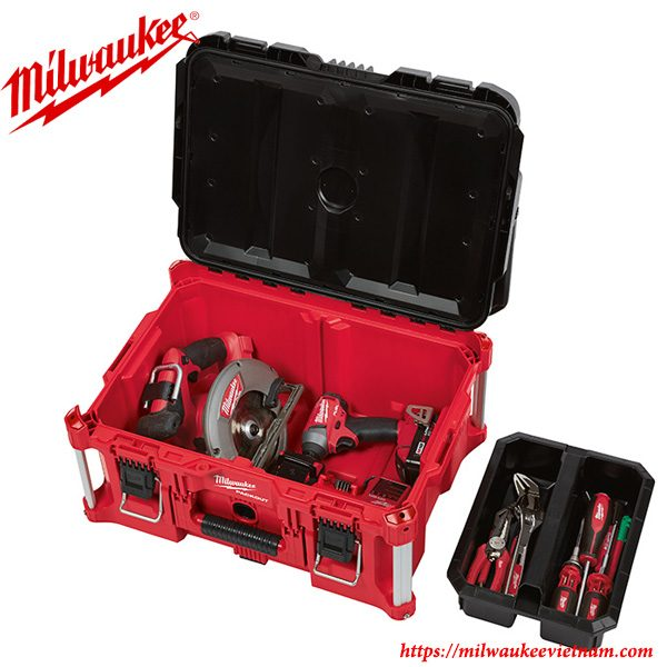 Hộp đựng đồ Milwaukee 8425 với ngăn chứa rộng rãi cho khả năng chứa đựng mạnh mẽ